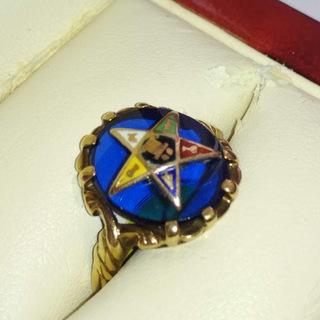 Женское золотое масонское кольцо