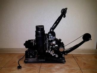 Кинопроектор звуковой узкопленочный тип 16-зп-6 1948г.в.