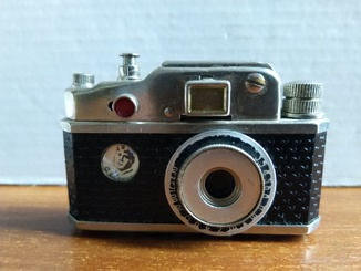 Зажигалка-фотоапарат. СССР.