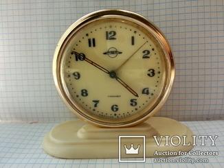 Часы ЕЧЗ.