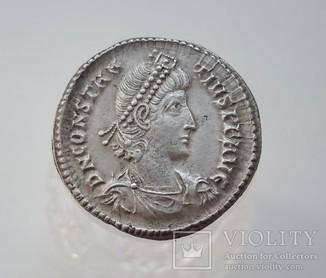 Constantius II. AD 337-361. AR Siliqua (вес-3.2 гр.)