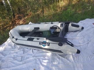 Надувная лодка новая Thunder TM-270