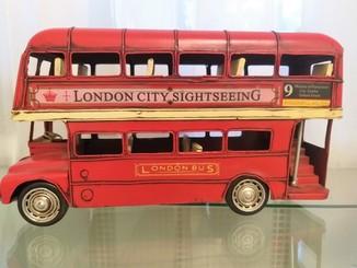 Автобус железный двухэтажный London Сity Bus. Lesser&Pavey Ltd.
