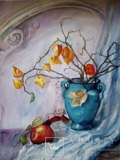 Физалис в синей вазе