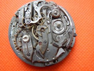 Механизм на карманный хронограф репетир
