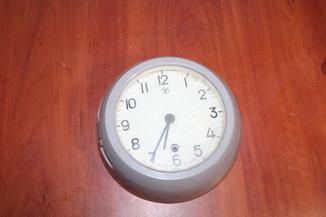 Часы корабельные судовые  4-80