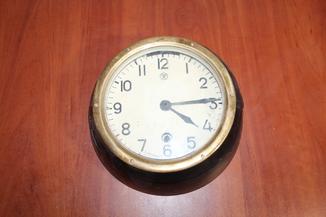 Часы корабельные судовые  5-24м 2-82