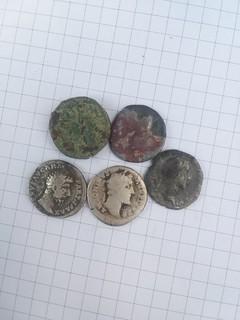 Денарии (5шт) 1.Луций Вер. 2.Антонин Пий 3.Двойной денарий
