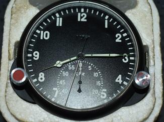 Авиационные часы  123 чс рабочие новые
