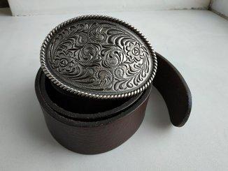 Кожаный итальянский ремень с массивной пряжкой с посеребрением100см.