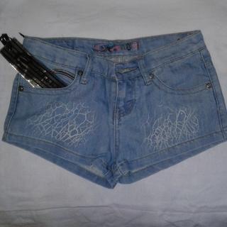 Новые джинсовые шорты, смотрите замеры, на подростка или худую девушку
