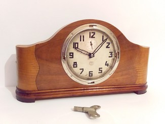 Часы Владимир