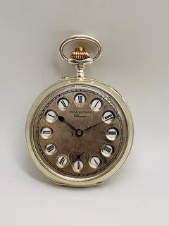 Часы в серебре с функцией 12/24.