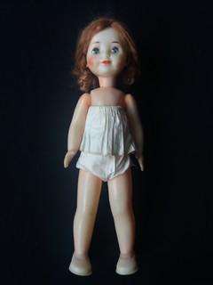 Кукла паричковая на резинках 48 см.