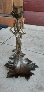 Подсвечник бронзовый , миниатюрная скульптура.  автор Зигура