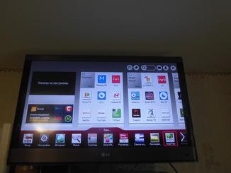 LG SMART 3D HD TV 32 дюйма Пульты (Осн. и Указка) Голос YouTube Интернет Очки Подставка