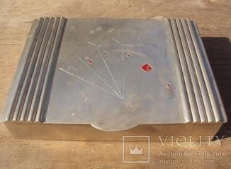 Серебряная шкатулка