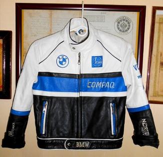 Детская кожанная куртка BMW/ на 6-8лет.