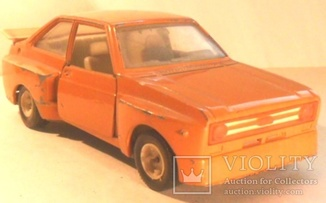 Ford Escort RS 1800 Масштаб: 1:24
