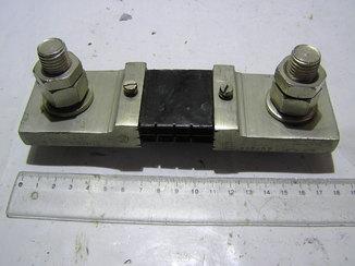 Шунт 75ШСММ3 , 750 А , 75 мв. Новый.