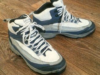 Landrover treking - фирменные кроссы разм.40
