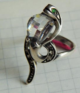 Серебряное кольцо(кобра)