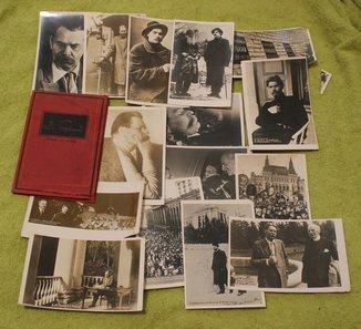 Папка с фототкрытками Максим Горький 1868-1936