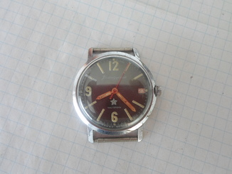 1022..часы камандирские