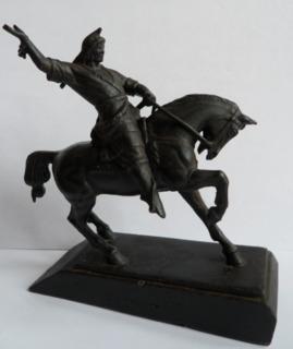 Чугунная статуэтка Салават Юлаев