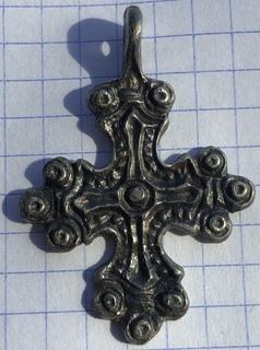 Серебряный крест КР скандинавского типа.