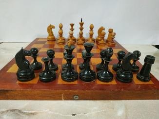 Шахматы резьба, дерево.