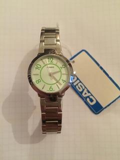 Лот 0088 Новые женские часы Casio (оригинал) LTP-1293D-3ADF