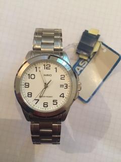Лот 0092 Новые мужские часы Casio (оригинал) MTP-1215A-7B2DF