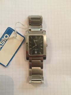 Лот 0107 Новые мужские часы Casio (оригинал) BEM-100D-1AVEF