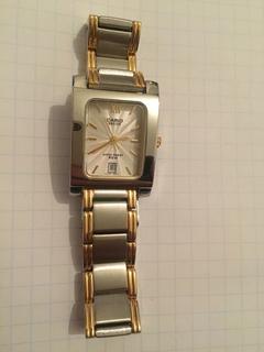 Лот 0132 Новые женские часы Casio (оригинал) BEL-100