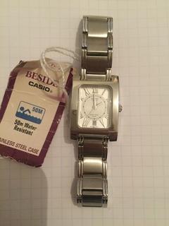 Лот 0133 Новые женские часы Casio (оригинал) BEL-100