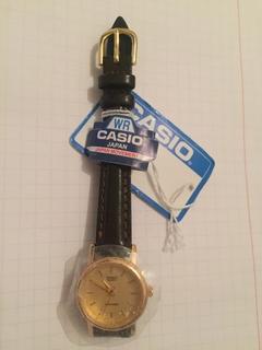 Лот 0135 Новые женские часы Casio (оригинал) LTP-1095Q-9A