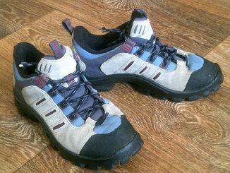 Adidas - кроссовки разм. 38