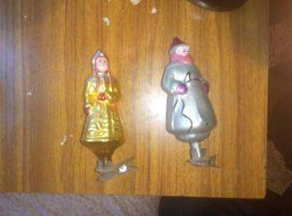 Продам елочные игрушки (Дед мороз+Снегурочка) на прищепке.