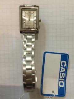 Лот 0140 Новые женские часы Casio (оригинал) LTP-1234D-7AEF