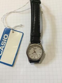 Лот 0147 Новые женские часы Casio (оригинал) LTP-1094E-7AR