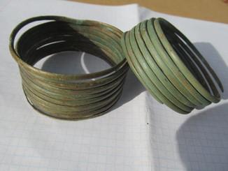 Браслеты многовитковые(спиральные)