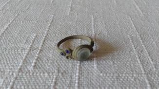 Перстень з вставками