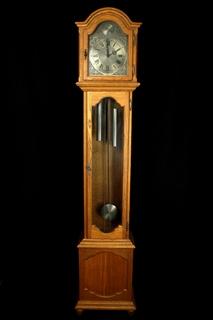 Напольные маятниковые часы с боем Hermle. Механизм FHS. Германия (0319)