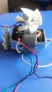Электродвигатели 2 шт 1 лотом