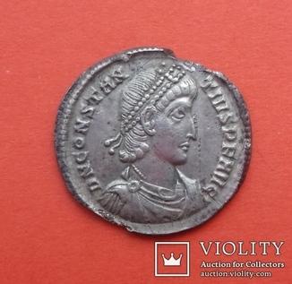 """Силиква- """"Constantius II""""."""