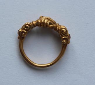 Перстень вт.половины 16 в.- 17 века золото.