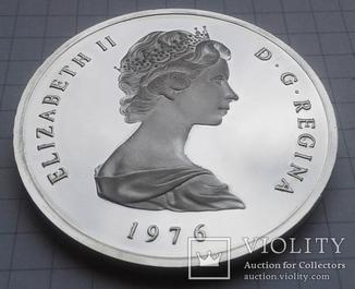 Теркс и Кайкос  20 крон 1976 г. серебро - 40,35 г.