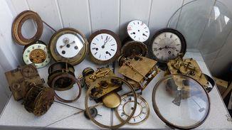 Механизмы старинные лот для часовщика.