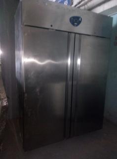 Шкаф - холодильный DESMON BM12A